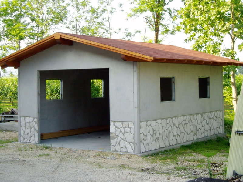 Casa immobiliare, accessori: Garage prefabbricati in ...