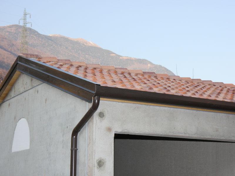 Prefabbricati in cemento manufatti in cemento treviso for Garage prefabbricati con alloggi